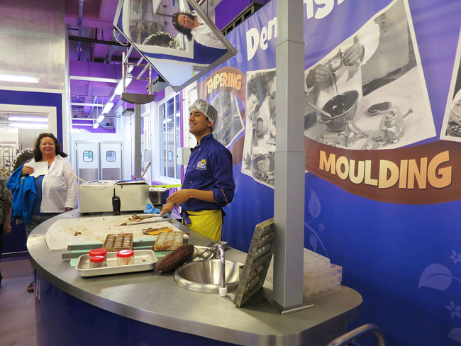 Tempering demonstration at Cadbury World
