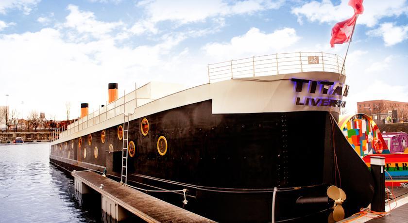 titanic houseboat